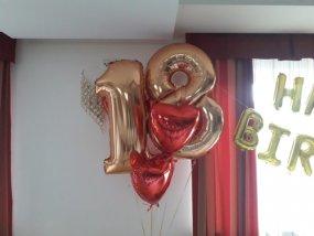balony cyfry 18